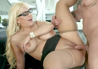 Platinum-blonde bee groupsex